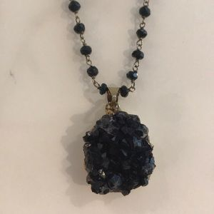 Jewelry - Beautiful Black Droozy Necklace